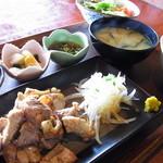 御飯屋  おはな - 炭火焼セット1500円自家製柚子胡椒でお召し上がりください