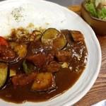 御飯屋  おはな - 季節の野菜と糸島豚のカレー1100円