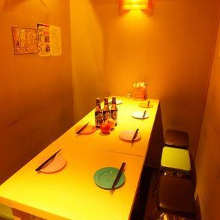【半個室】少人数の貸切宴会もできます!