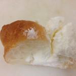 リリオのパン - クリームたくさんなメランジェ