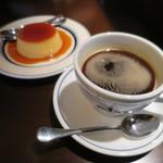 コーヒーハウス ニシヤ - ホットコーヒー、カスタードプリン