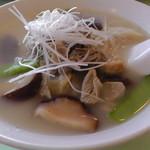 猪苗代湖畔のレストラン 中国料理 西湖 - H26.9.23 会津地鶏ラーメン(1,080円)
