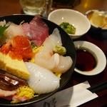 あぶり焼き 魚喜水産 - 海鮮丼1500円