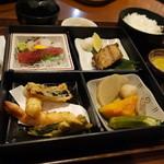 あぶり焼き 魚喜水産 - 松花堂弁当1300円