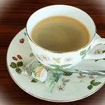 Lily cafe ~リリーカフェ - ドリンク付きでカレーは1080円、パスタは980円