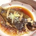 家庭料理 港鶴 - 各種 旬の煮魚(カレイ)