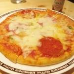 31015407 - 特製ピザ470円♪