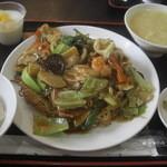 アジア料理 菜心 - 五目焼きそば(14-09)