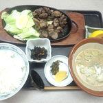 花月亭 - 鶏炭火焼き定食