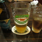 カフェダイナー コナ - パッションフルーツ風味の夏限定コナビールとマイティリーフのカシス紅茶。