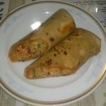インド料理 ラサニ - ラサ二ロール(具を生地で巻いたブリトー風料理)