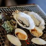 海鮮料理 日南水産 - 貝は、栄螺、牡蠣、蛤、帆立
