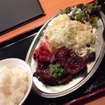 31040985 - ハラミ定食(900円)