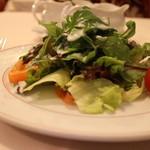 炭焼ステーキハウス 葡萄屋 - セットのサラダ
