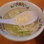 31047183 - 天津飯 甘酢 ¥440 のスープ