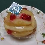 オハコルテ - 桃のタルト(650円)。