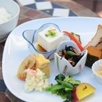 珈琲ベルグ - ランチの前菜
