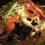 やみつきRED - 冷麺 780円