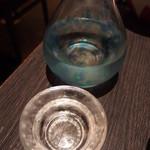 酒菜竹のした - 徳利もお猪口も、お酒毎に変えてくれます。