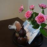 ふぢ井うなぎ - テーブルの花