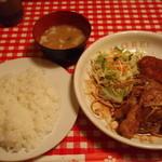 タニマ - ランチ(しょうが焼きとチキンカツ)