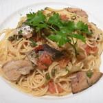 31057858 - 秋刀魚のシチリア風スパゲッティ