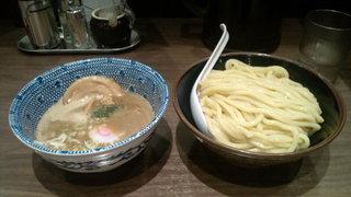 六厘舎 TOKYO スカイツリータウン・ソラマチ店 - つけ麺(850円)