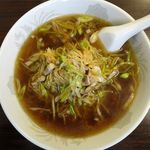 華龍 白石亭 - 葱油湯麺のアップ