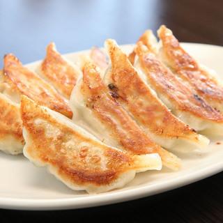 浜松餃子に拘らず、味、食感に拘りました。