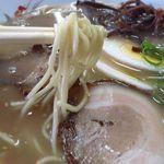 松ちゃんラーメン - 中太麺