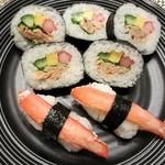 カネキチ - 料理写真:ズワイガニ・サラダ巻