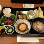 花井 - 料理写真:玉手箱(ランチ)