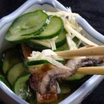 日の出屋 - 鰻酢はサッパリして美味しい!
