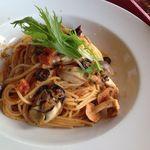 Cafe de Manma - 牡蠣と地元キノコのパスタ