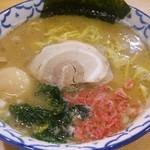 夕介 - 塩とんこつ(中800円)H26.9