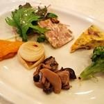 ピッツェリア ダ チロ - 前菜の盛り合わせ