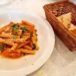 ピッツェリア ダ チロ - 豚スネ肉のトマトソース煮込みズィート & 自家製フォカッチャ