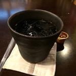 ジジ - アイスコーヒー400円は香り豊かでコクがあって美味いです。