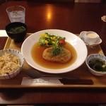 カフェ デリデリ - 豆腐ハンバーグ780円