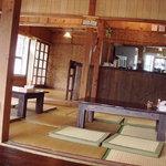 八重山 嘉とそば - 沖縄のふつうの民家