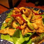 311877 - 鶏皮のサラダ(名前は忘れました。)