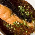根室食堂 - 名物焼き鮭とイクラ丼