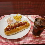 ミント - 料理写真:チリドッグセット500円