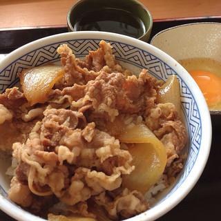 吉野家 - 牛丼並と玉子