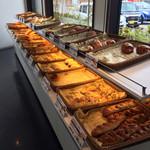 ブゥランジェリィ・アペ - ほとんどのパンが¥100です
