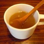 KITCHENはんおむ - セットのスープ