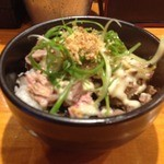 ラーメン坊也哲 - 豚マヨ丼(300円)