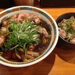 ラーメン坊也哲 - せせり中華そば<限定15食>(800円)+豚マヨ丼(300円)