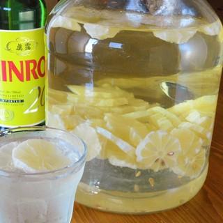 ◆自家製レモン漬け焼酎!