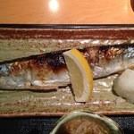 海鮮鮨市場 魚がし - 季節もの、秋刀魚塩焼
